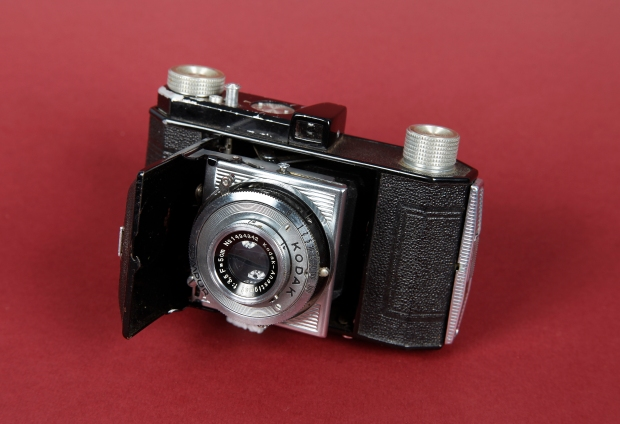 Compact Kodak Retinette camera circa 1939. Donated by Alison Green. QVMAG Collection QVM2014.H.0024.